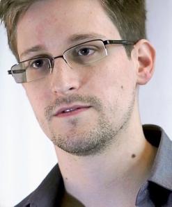 Edward_Snowden-2[1]